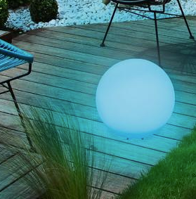 Kék napelemes lámpa