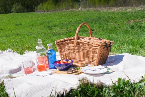 Fonott piknik kosár - kézzel készített