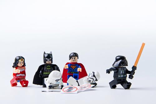 Lego, csodanő, batman, superman, csillagok háborúja, gyerekek, játékok