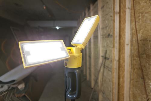 Kültéri Led lámpa állítható Lutec PERI állványon
