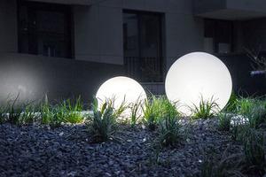 Dekoratív kerti gömbkészlet - Luna Balls 20, 25, 30, 40 cm + Led izzók small 5