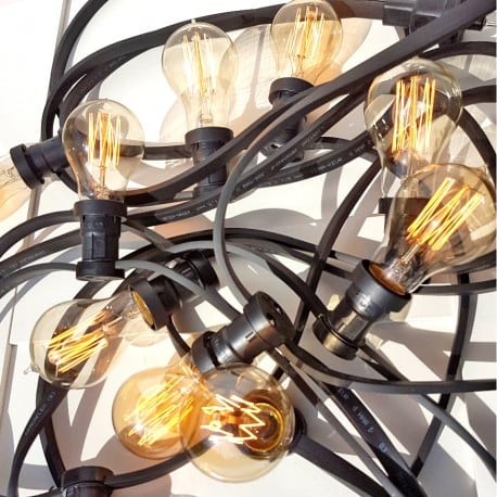 Fekete kerti fényfüzér 30m 60 lámpatartók