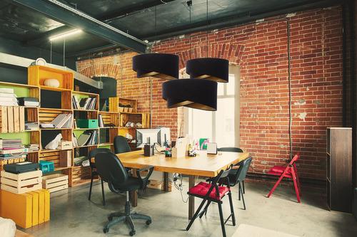 Kerek Elegance 60W E27 lámpa aszimmetrikus, velúr, fekete / arany